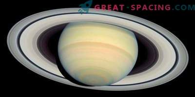Which planets in the solar system have a ring system