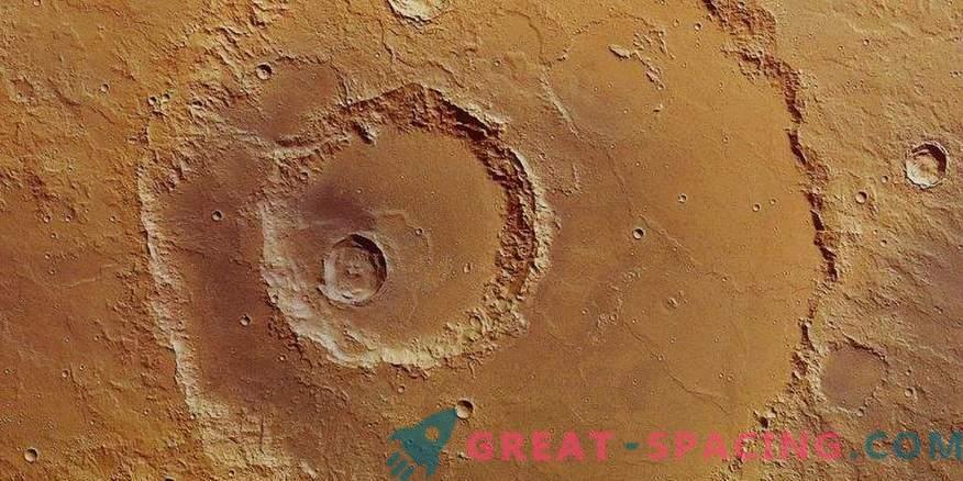 Descobriu a origem da cratera de meteoros do planeta Marte