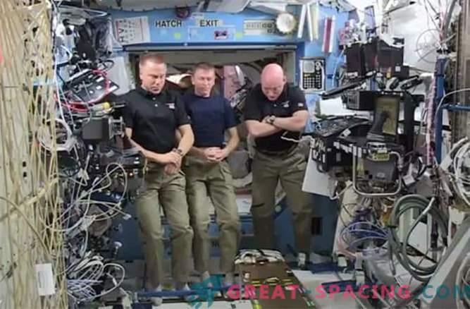NASA lembra os astronautas caídos e a promessa de uma missão a Marte