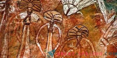 Que tipo de criaturas são representadas em uma figura da caverna de 10.000 anos de idade