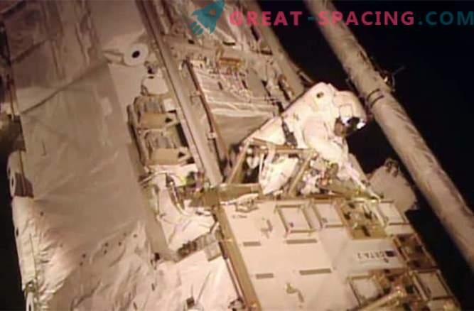 Астронавтите успешно са се справили с изтичането на токсичен амоняк